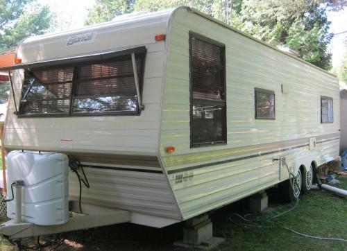 roulotte bonair 1989 vr vendre qu bec. Black Bedroom Furniture Sets. Home Design Ideas